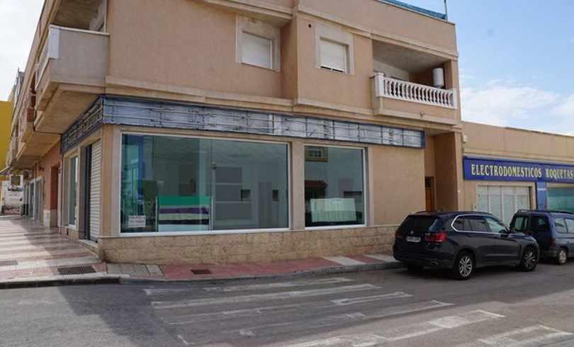 Local Comercial + Vivienda